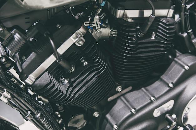 Vツインヴィンテージハイパワーチョッパーアメリカンスタイルのオートバイエンジン