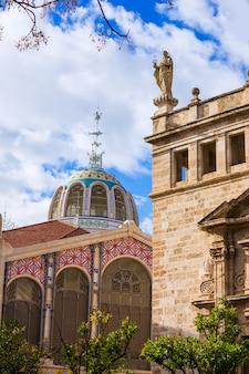 Valencia mercado central market outdoor dome spain