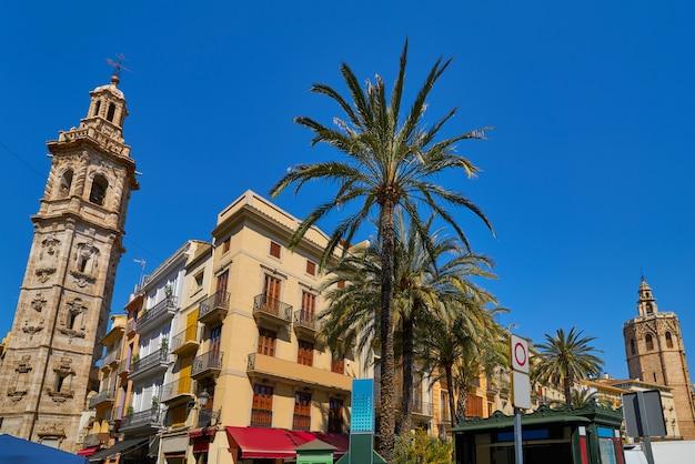 Valencia santa catalina belfry and miguelete