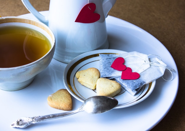 お茶とクッキーとバレンタインの朝食