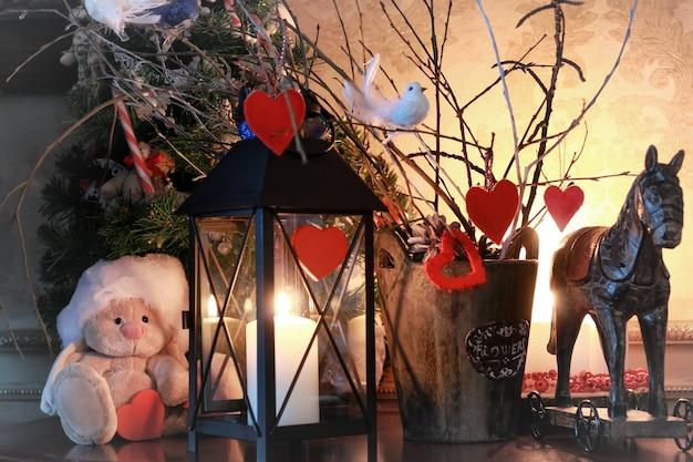 Валентинка сердце декор ветка свеча