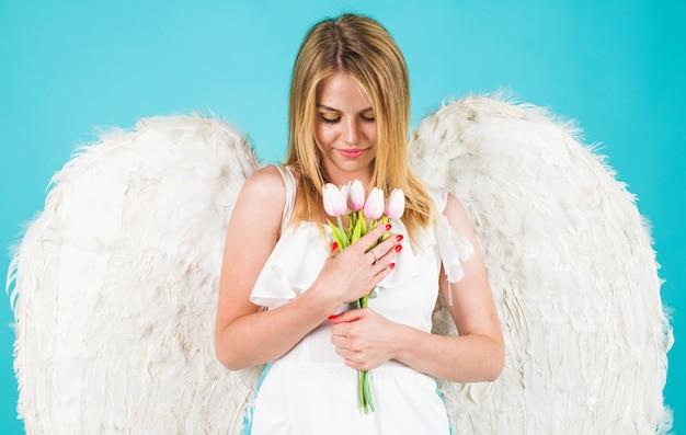 Валентина ангел девочка с белыми крыльями с цветами, день святого валентина купидон.