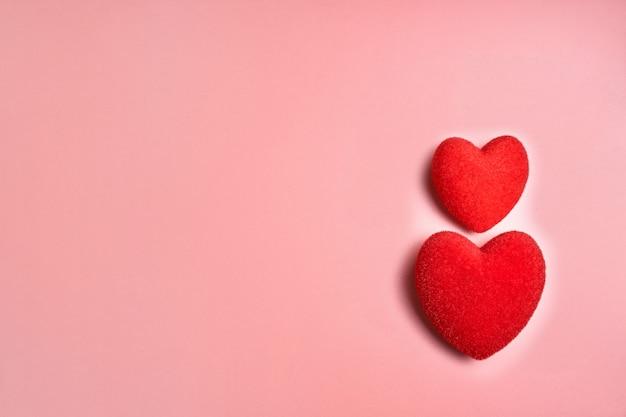 バレンタインデーカードのコンセプト。バレンタインデーの背景の心。