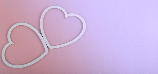 バレンタインデーカード-ピンクの背景にハート
