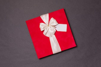 Valentines day romantic gift ribbon bow, gift tag, present, seamless black background