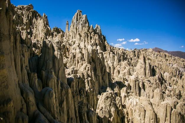 ボリビアのアンデス、コルディジェラ レアル、ラパスの月の谷