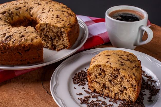 Vanilla cake with chocolate sprinkles