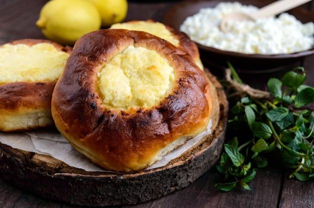 ダークウッドのバニラカッテージチーズパン(チーズケーキ)。閉じる