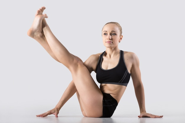 Variation of eight-angle pose