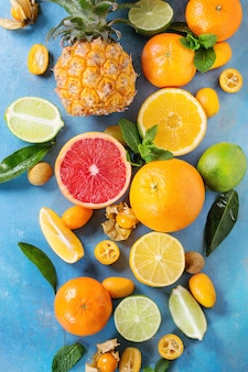 Variety of citrus fruits