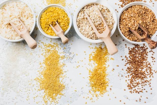 各種シリアルフレーク米、雑穀、そば、オートミール