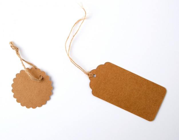 Various brown paper tags with ropes