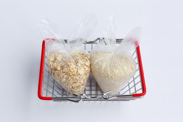 食料品バスケットのパッケージのさまざまな割り