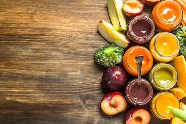 果物や野菜のさまざまなピューレ。