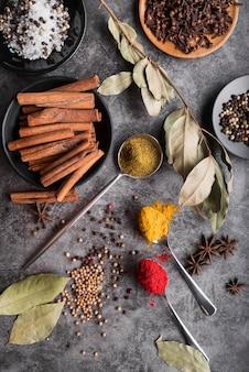 치장 용 벽 토 배경에 다양 한 향신료