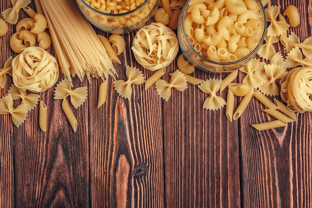 Various types of italian pasta rustic