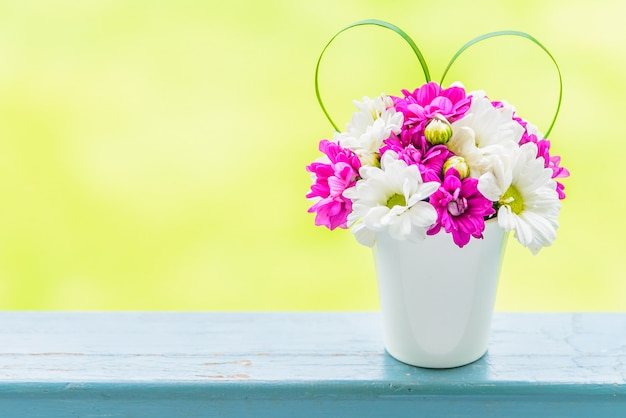Vase flower with love sign