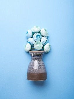 Vase with decorative flowers
