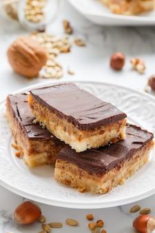 Vegan cocoa dates chocolate bars