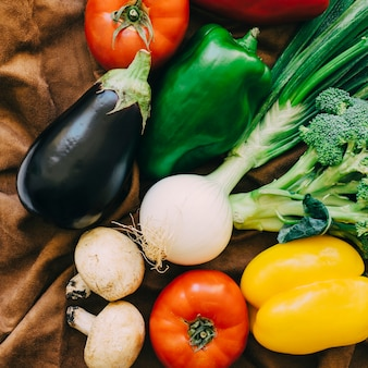 Vegetable composition with aubergine