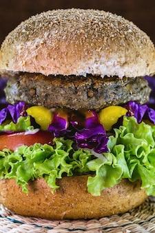 Овощное мясо, гамбургер без мяса, хлеб без яиц и молока, 100% веганская еда, здоровый образ жизни