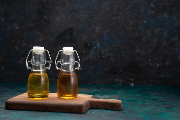 Vegetable oil inside can on dark