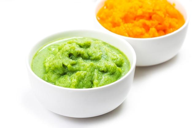 Овощное пюре, морковь, пюре, брокколи Premium Фотографии