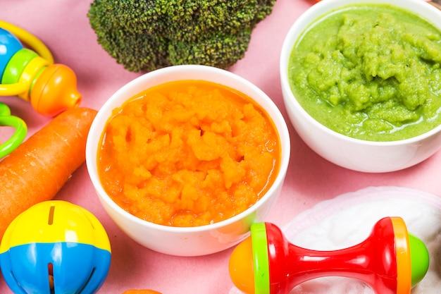 Vegetable puree, carrots pureed, broccoli pureed