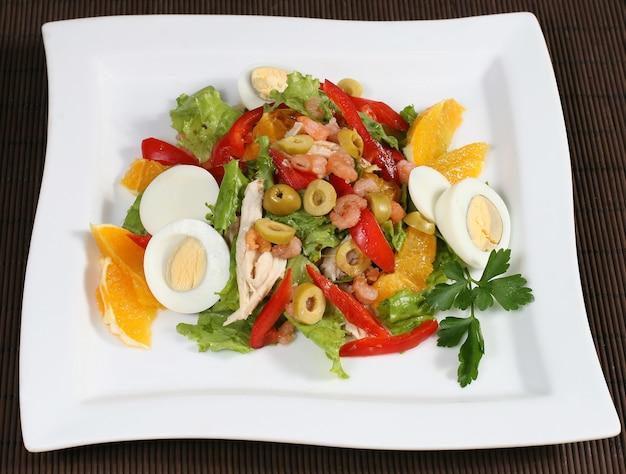 肉の野菜サラダ