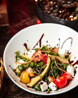シーフードの野菜サラダ