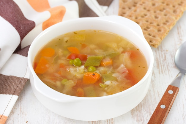 Vegetable soup with toasts