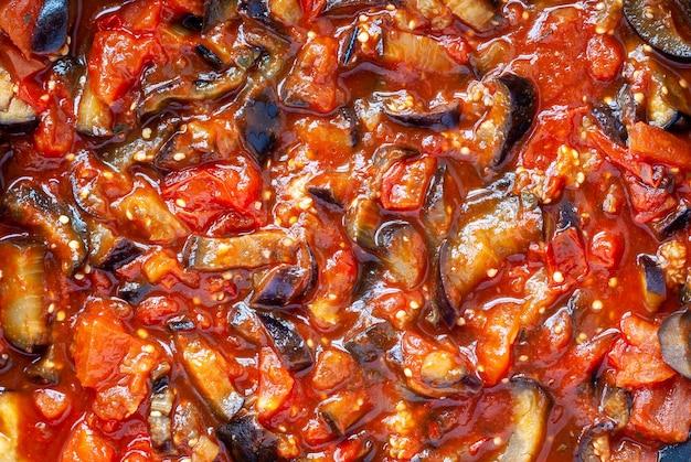 茄子とトマトソースの野菜シチュー、クローズアップ