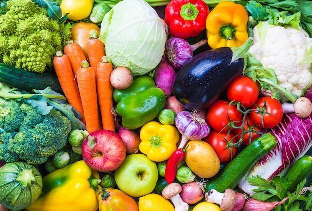 Фон овощи и фрукты.