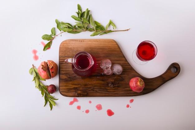 野菜とハーブのトマトソース