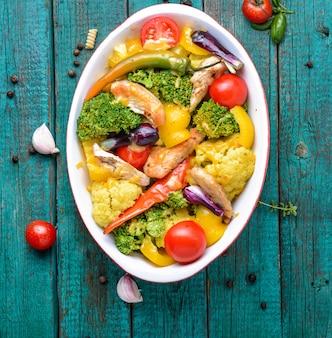 Овощи запеченные с курицей