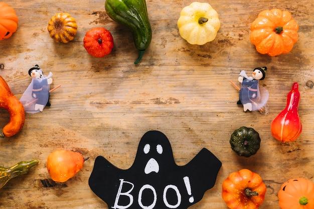 Verdura e fantasma con boo! iscrizione