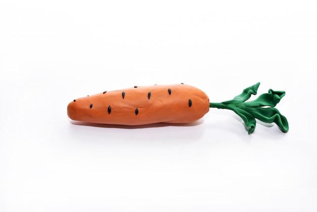 粘土から作られた野菜。