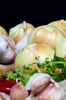 テーブルの上の野菜
