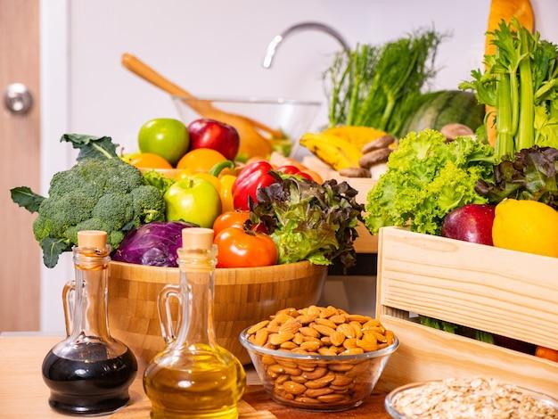 Овощи органические продукты для здоровой жизни.