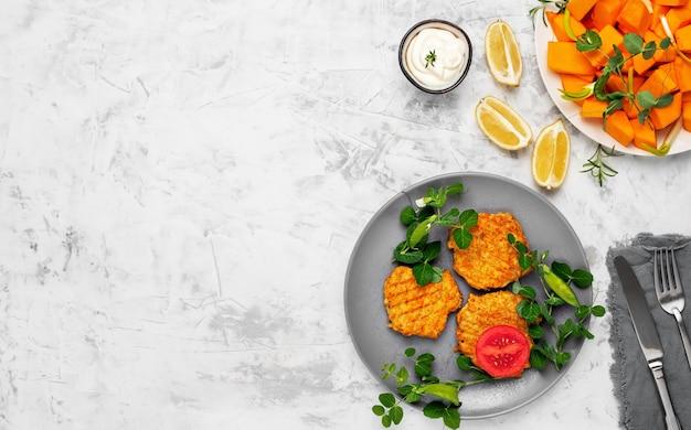 Овощные котлеты из тыквы и майонезного соуса