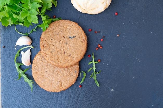 Вегетарианский стейк, аналог заменителя мяса, здоровая веганская еда