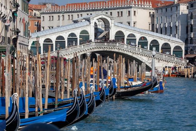 Venice italy rialto s bridge