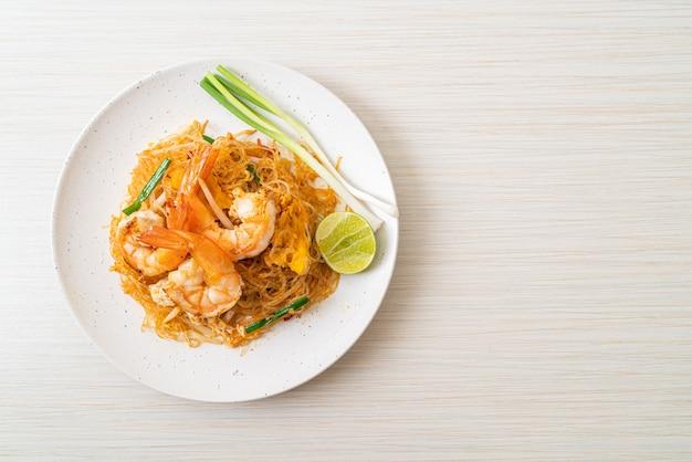 베르 미첼 리 패드 타이 또는 타이 볶음 당면 새우와 함께-태국 음식 스타일