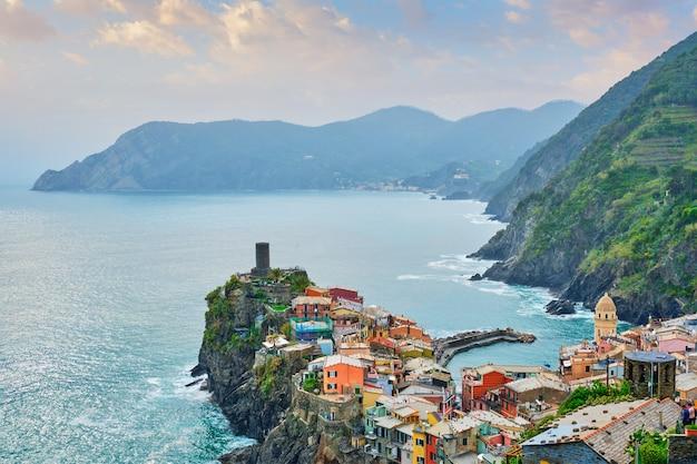 Vernazza village popular tourist destination in cinque terre national park.
