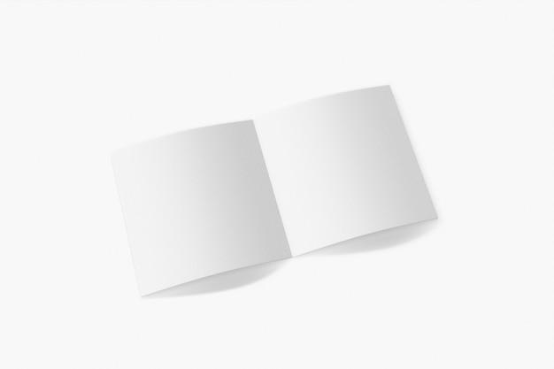 흰색 배경에 고립 된 세로 책자