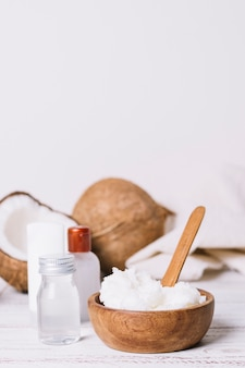 코코넛 오일의 수직 샷 형태