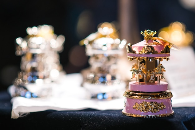 Very beautiful detail music box , look classic and romantic