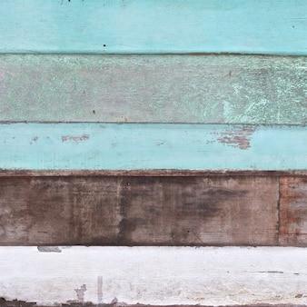 Очень старые светло-зеленые белые темно-коричневые старинные деревянные доски текстуры фона в квадратном соотношении