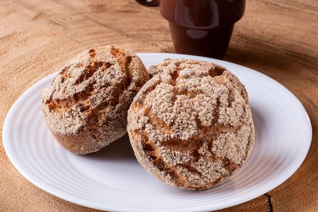 「broademilho」と呼ばれるブラジルの非常に伝統的なクッキー。コーンフラワーの一種であるコーンミールフラワーで作られています。