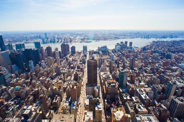 뉴욕 엠파이어 스테이트 빌딩에서 맨하탄의 vew